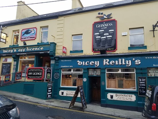 dicey-reilly-s-pub-off (3)